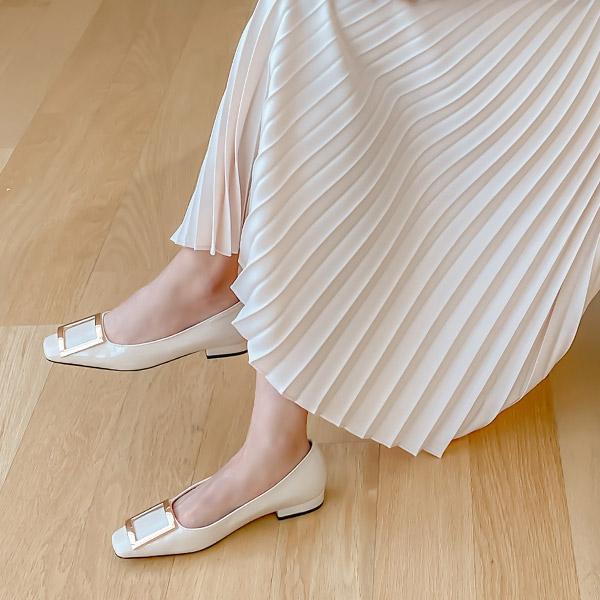 sh2197 고급스러운 에나멜 소재의 메탈 스퀘어 장식 스퀘어 플랫 슈즈 shoes