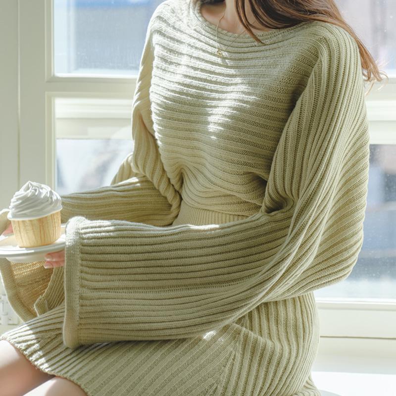 nt2620 여리한 보트넥 디자인의 소매 슬릿 포인트 루즈핏 가로골지 니트 knit