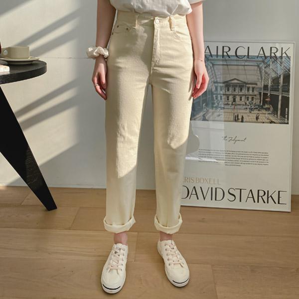 ps2721 데일리하게 즐기기 좋은 쫀쫀한 신축성의 코튼 소재로 완성된 4가지 컬러 구성의 하이웨스트 심플 일자 팬츠 pants
