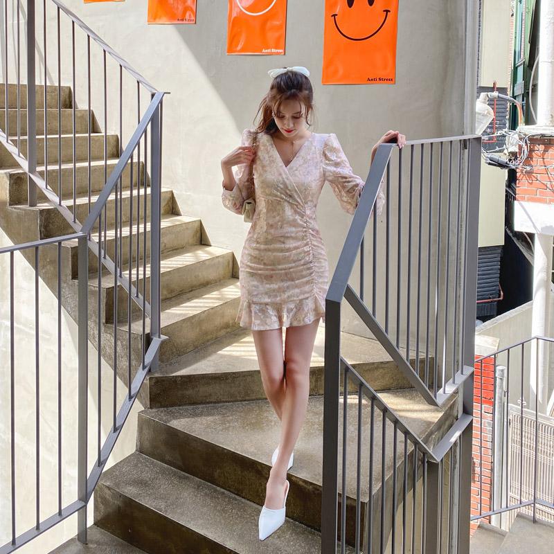 op11218 사랑스러운 로즈레이스 소재의 랩브이넥 언발란스 셔링 A라인 미니 플라워 원피스 dress