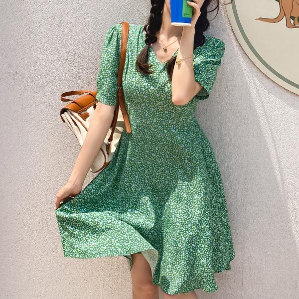 op11486 비비드한 컬러 구성의 핀턱 디테일 플라워 미디 원피스 dress