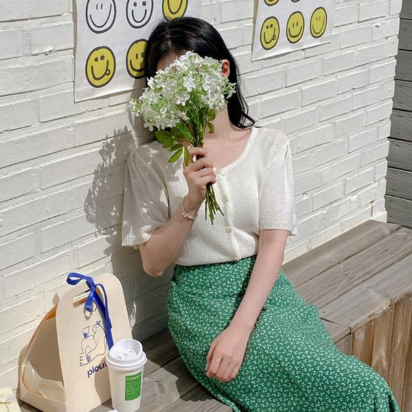 cd1874 러블리한 숄더 셔링 포인트의 시원한 여름 니트 소재로 제작된 세미 크롭 라운드 반팔 가디건 cardigan