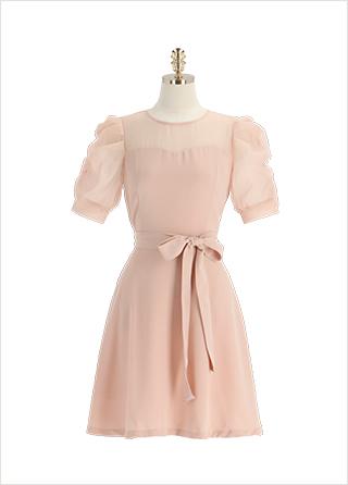 op11909 시스루 배색의 셔링 퍼프소매 플레어라인 하트넥 미디 원피스 dress