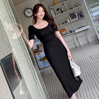 op12340 러블리한 퍼프소매 디자인의 잔골지패턴 슬림핏 스퀘어넥 롱원피스 dress