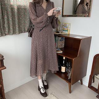 op12601 은은한 색감과 잔꽃 패턴의 브이넥 롱 쉬폰 원피스 dress