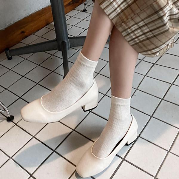 sh2466 데일리하게 즐기기 좋은 베이직 스퀘어토 미들힐 shoes