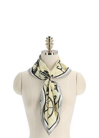 ac5233 스타일업 하기 좋은 포인트 패턴 스퀘어 스카프 scarf