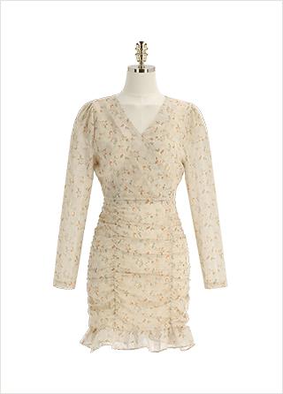 op12646 여리한 셔링 디테일의 플라워패턴 요루 쉬폰 미니 원피스 dress